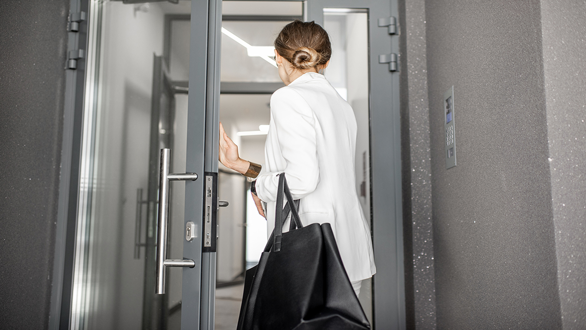 3 warning signs an employee is gearing up to exit